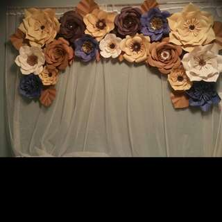 Assorted colors paper flowers
