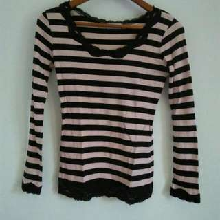 Stripe Top/Baju Garis-garis