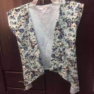 Jellybean Floral Short-sleeve Cardigan