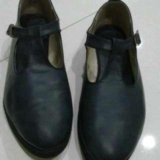Sepatu Uk 39, Defect Terlihat Digambar No 3 Masih Bs Pake
