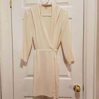 Aritzia Wilfred Wrap Dress Size 6