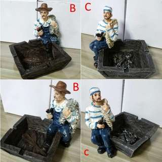 PRICE REDUCE!! FREE MAILING!! MUST GO!! - Pirates Ashtray Set of 3 selling at just $10 (2 pieces B and 1 pieces C,) - Usual Price $6 each
