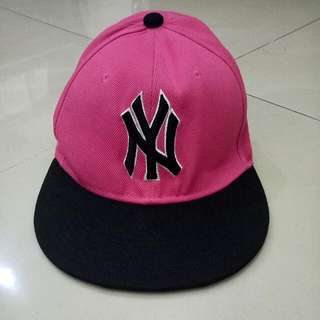Topi New Era