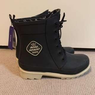 Dark Knight Subtle Boots