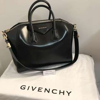 Authentic Givenchy Medium Antigona Bag