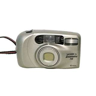 Yashica Zoomate 70 Point and Shoot #b19