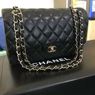 Chanel Jumbo Classic Double Flap Bag - Lambskin - Gold Hardware