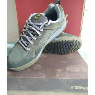 Teva Pinner Shoe Size UK9 US10