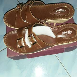 sandal wanita..size 40.new
