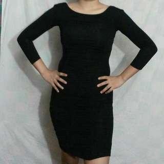 Preloved H&M Black Dress