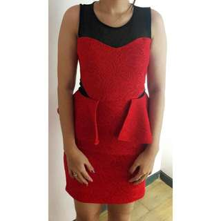 Dress Kutung Merah
