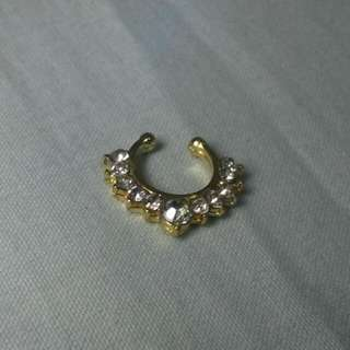 FAUX SEPTUM RING GOLD