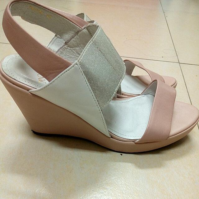 MODA粉色楔型涼鞋