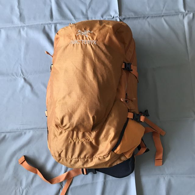 dbee237229 Arc'teryx Axios 25, Sports, Sports & Games Equipment on Carousell