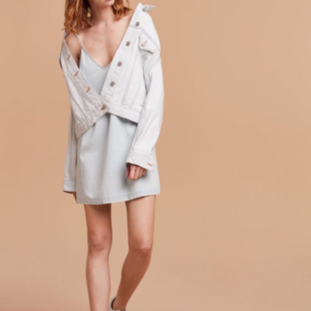 Aritzia Wilfred Free Vivienne Dress