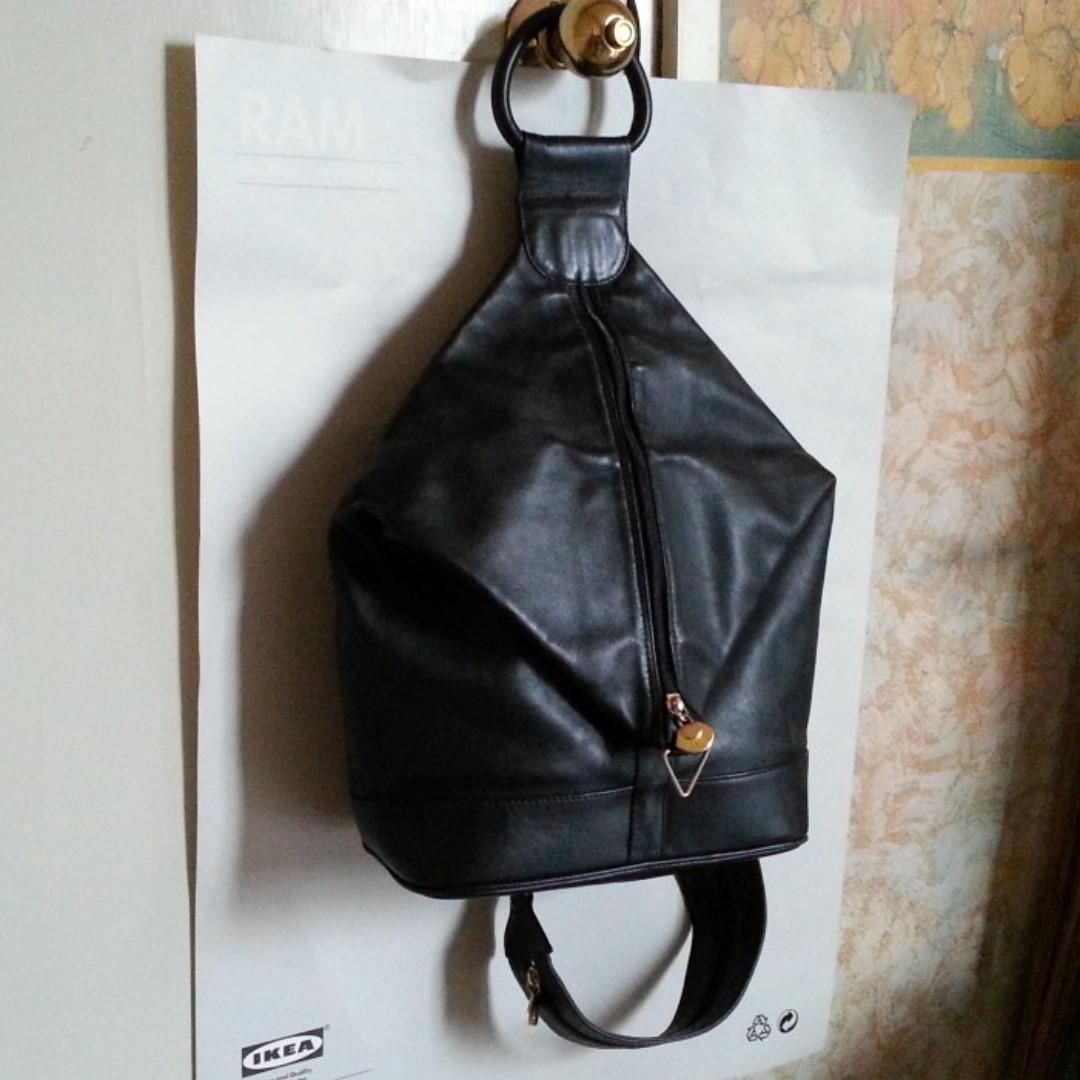 Bally Leather Sling Bag - Designer Bag Made in Italy