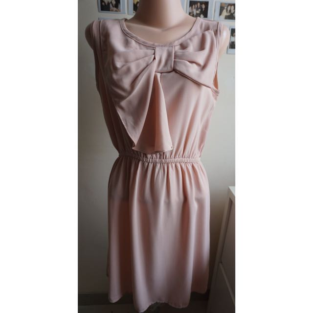 Big Ribbon Pastel Dress