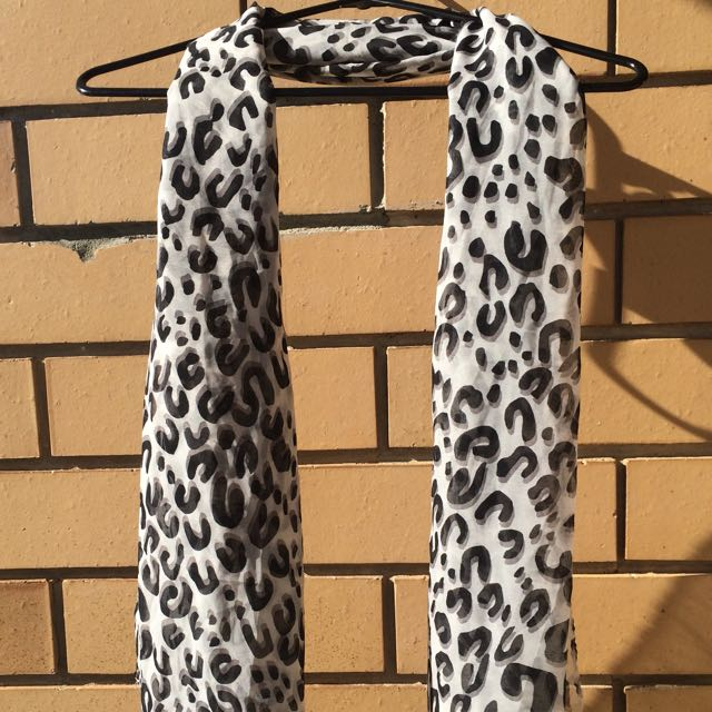 Black & White Print Scarf