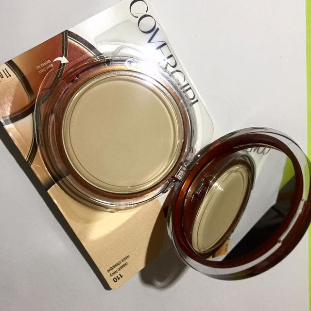 Cover Girl Clean Pressed Powder