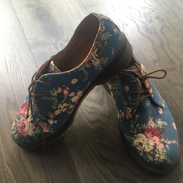 Price Dropped! Dr Martens Special Prints