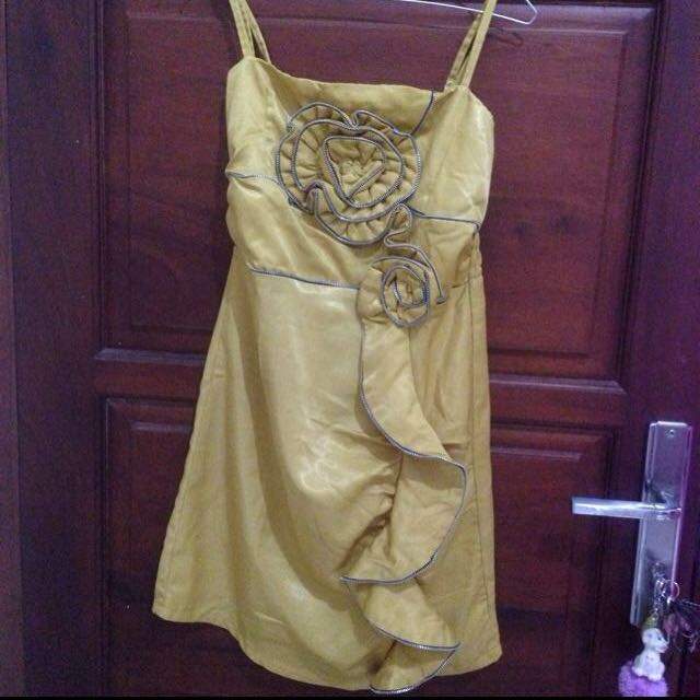 Dress Party Yellow