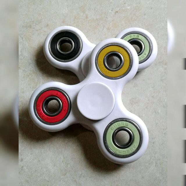 FIDGET SPINNER White Colorful