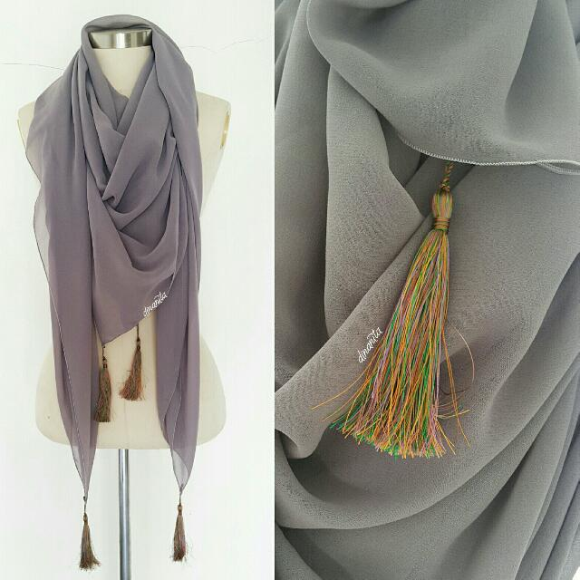 Grey Scarf With Colorful Tasle.