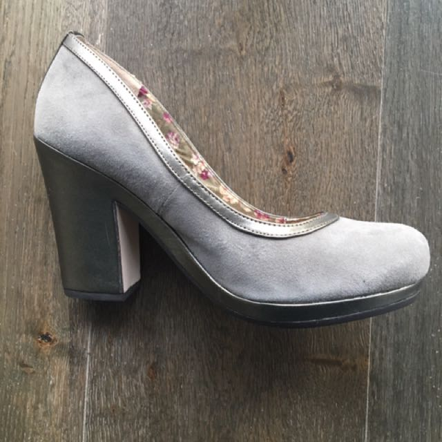 Grey Suede Heels By Seychelles