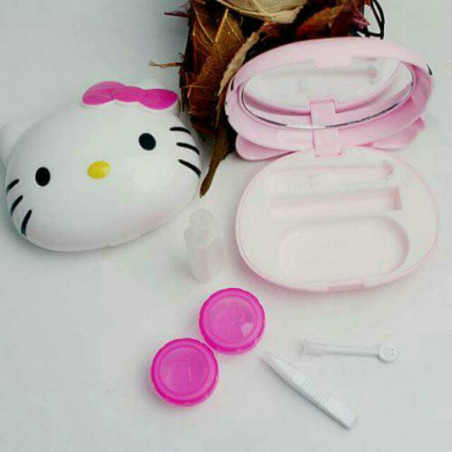 Hello Kitty Contact Lens Case Kit