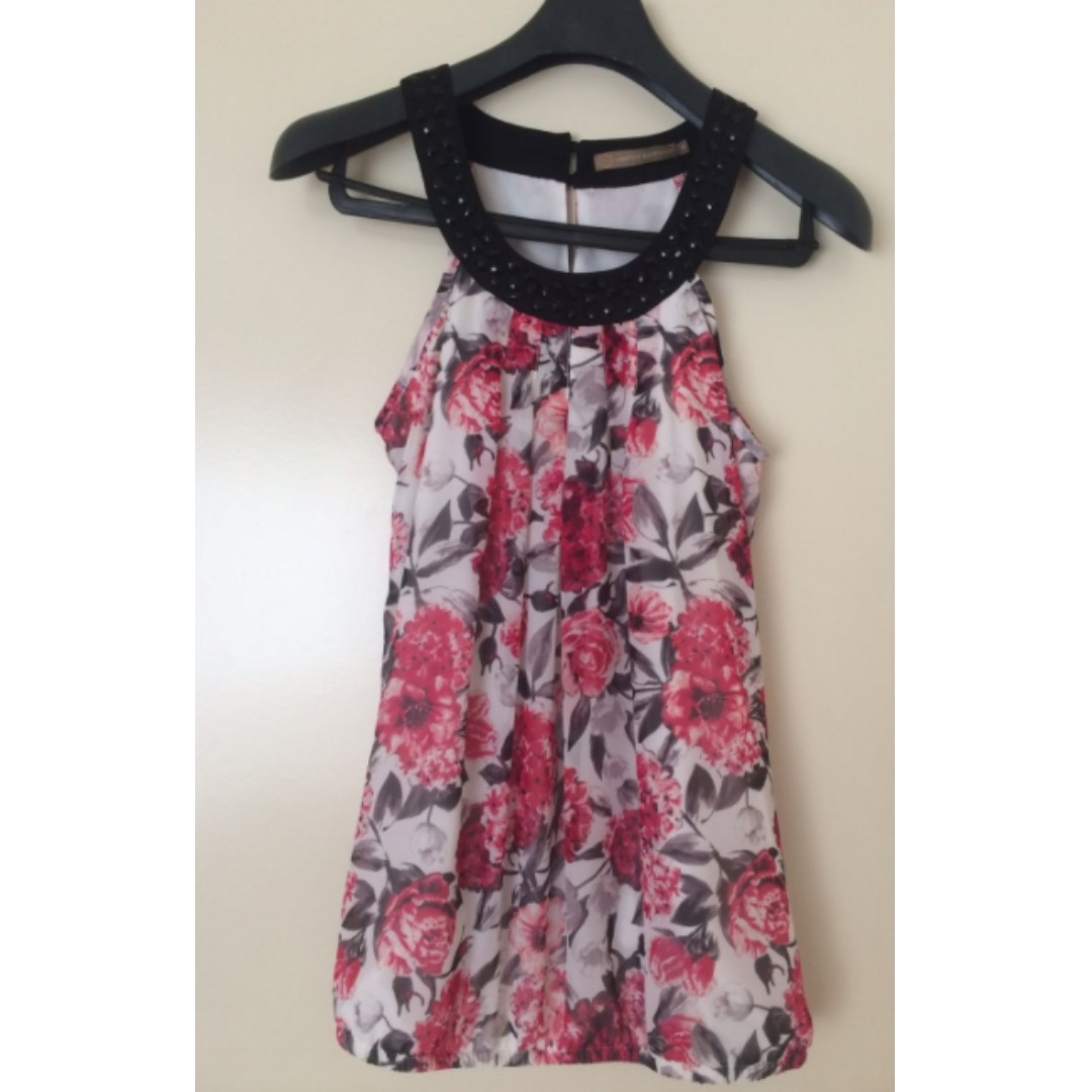 LIMITED EDITION TARGET WOMENS TOP SZ 8 ROSES SEQUINS