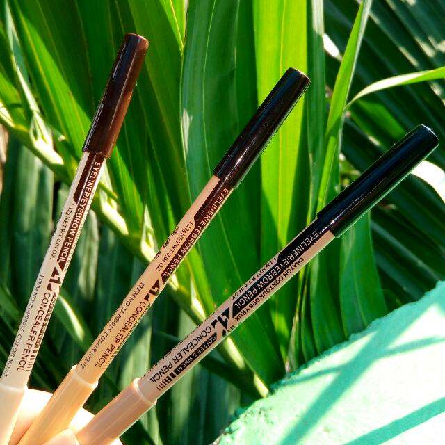 Menow 2in1 Eyeliner And Concealer Pencil