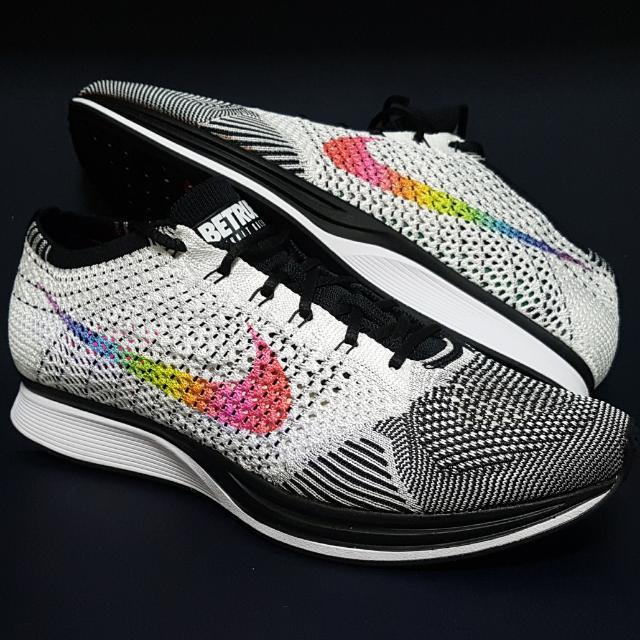 3e555a627d2d Nike Flyknit Racer