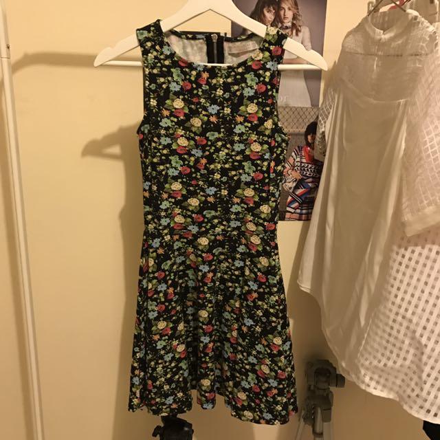 Pull & Bear Flower Dress (rok Terusan Bunga)