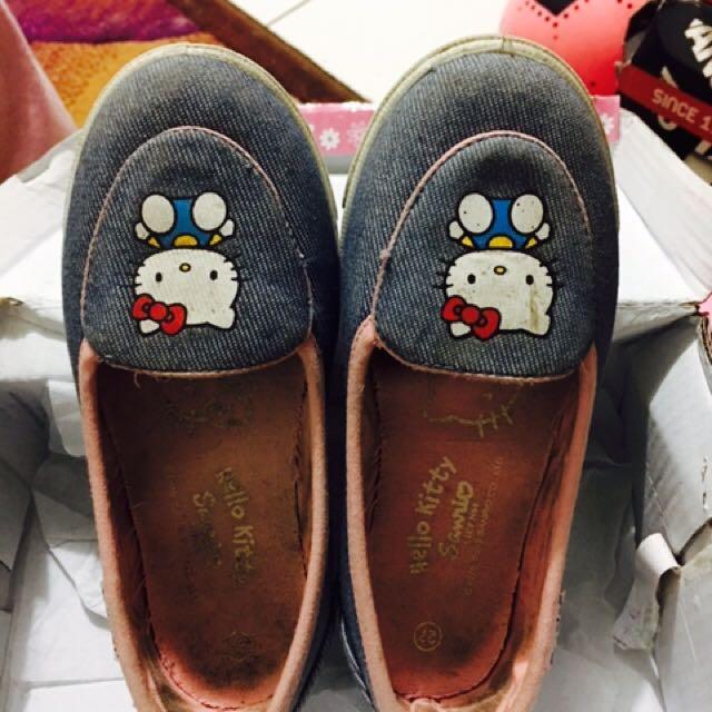 Sepatu Anak HK