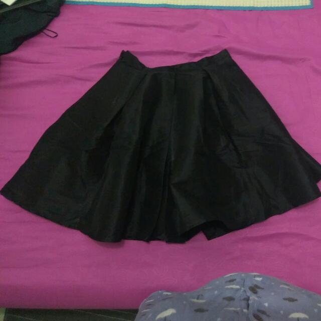 Skirt Black, Rok Hitam