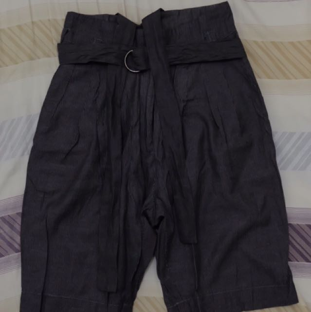 Repriced: 150php Tomato Shorts