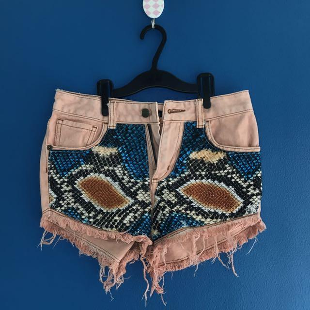 HW Vanilla Breeze Shorts