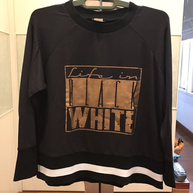 Women crop sweater