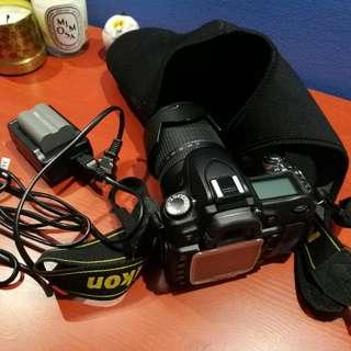 Nikon D80 Digital SLR Camera With Lense
