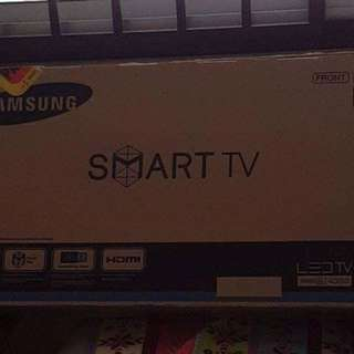 RESERVED Samsung Smart Tv 32inches