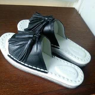 新款全新韓款真皮流蘇拖鞋