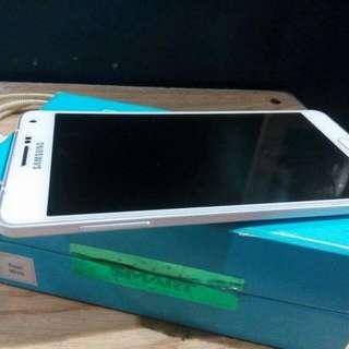 RUSH SALE!! Samsung A7 2015
