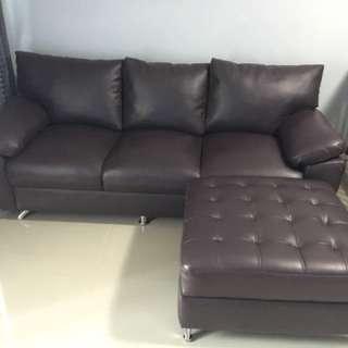 Sofa 3 Seater + Selonjoran Kaki