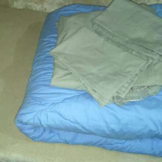 Bed Cover + Sprei + Sarung Bantal Guling