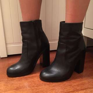 WINDSOR SMITH Women's Boots