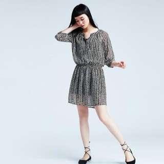 Lativ 雪紡洋裝藏青款(原價690)
