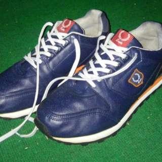 Sepatu Running Eagle