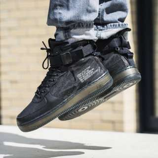 Nike Special Field Air Force 1 Mid Black Tiger Camo