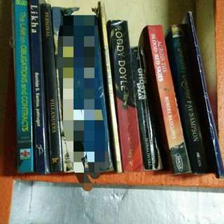 PRE LOVED BED BOOKS