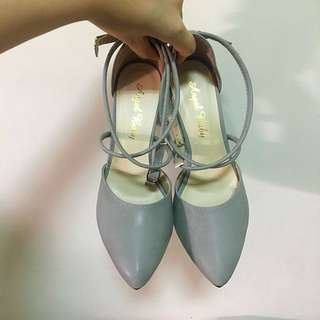 灰色氣質繞踝麂皮跟鞋